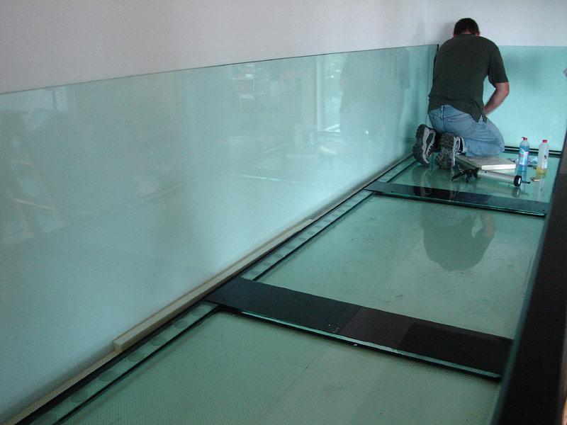 Grosse Aquarien   Vor Ort Verklebung   8   Aquarienbau Z